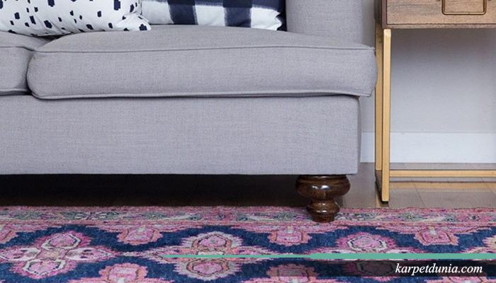 Karpet menjadi bahan dekorasi utama